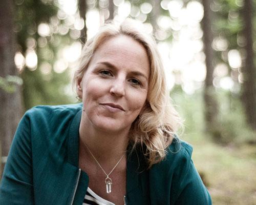 Helena Önneby - Vässa ditt självledarskap